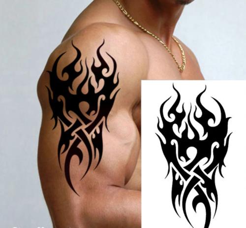 faux tatouage tribal noir