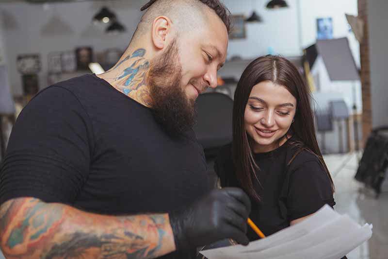 Se préparer pour une séance de tatouage : nos conseils